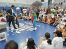 As crianças...e também os adultos, adoraram as mágicas!